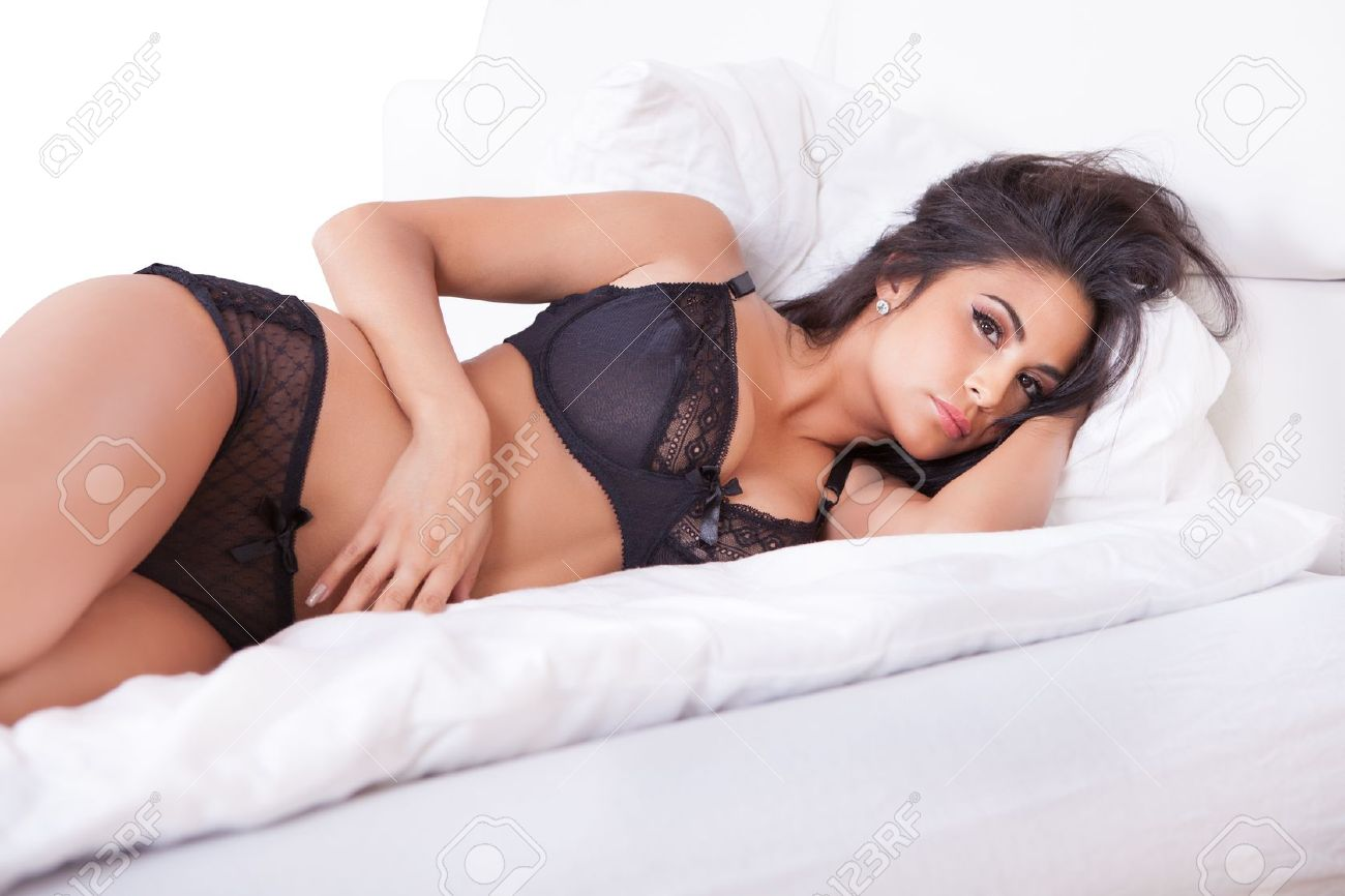 Chicas en la cama sexis [PUNIQRANDLINE-(au-dating-names.txt) 58