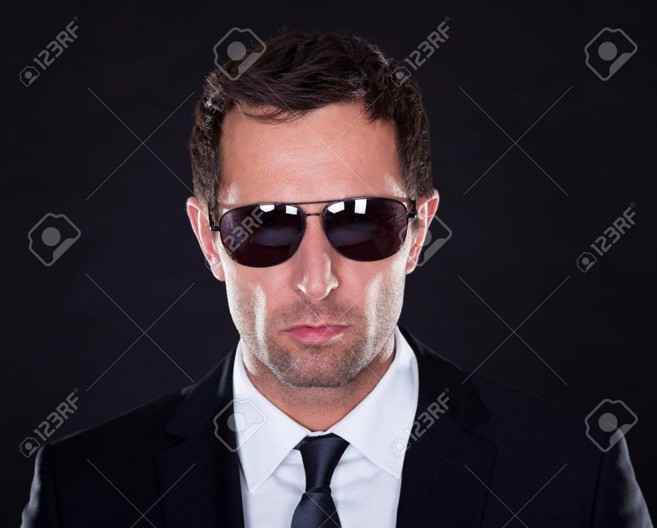 Фото в черных очках 17 фотография