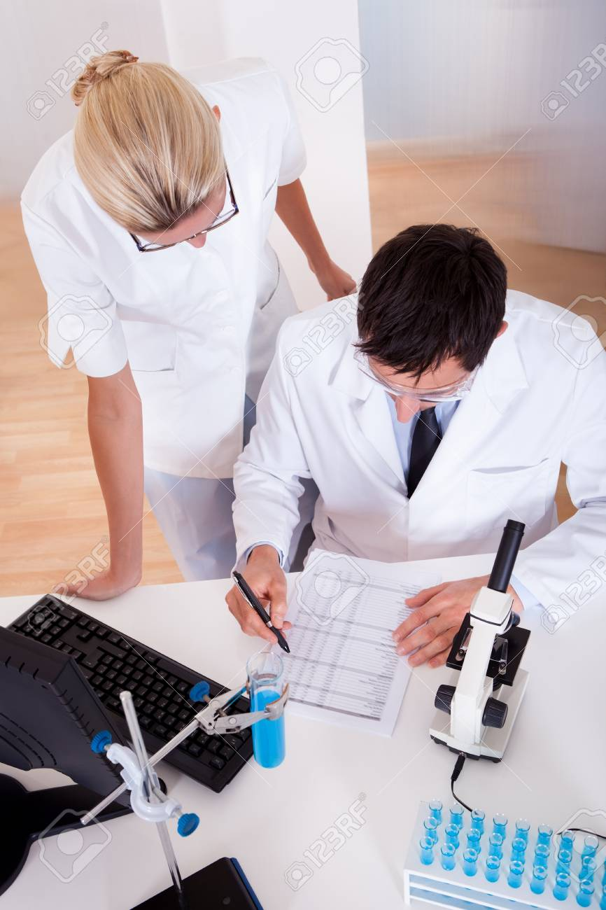 Two lab technicians at work in a laboratory Stock Photo - 16874295