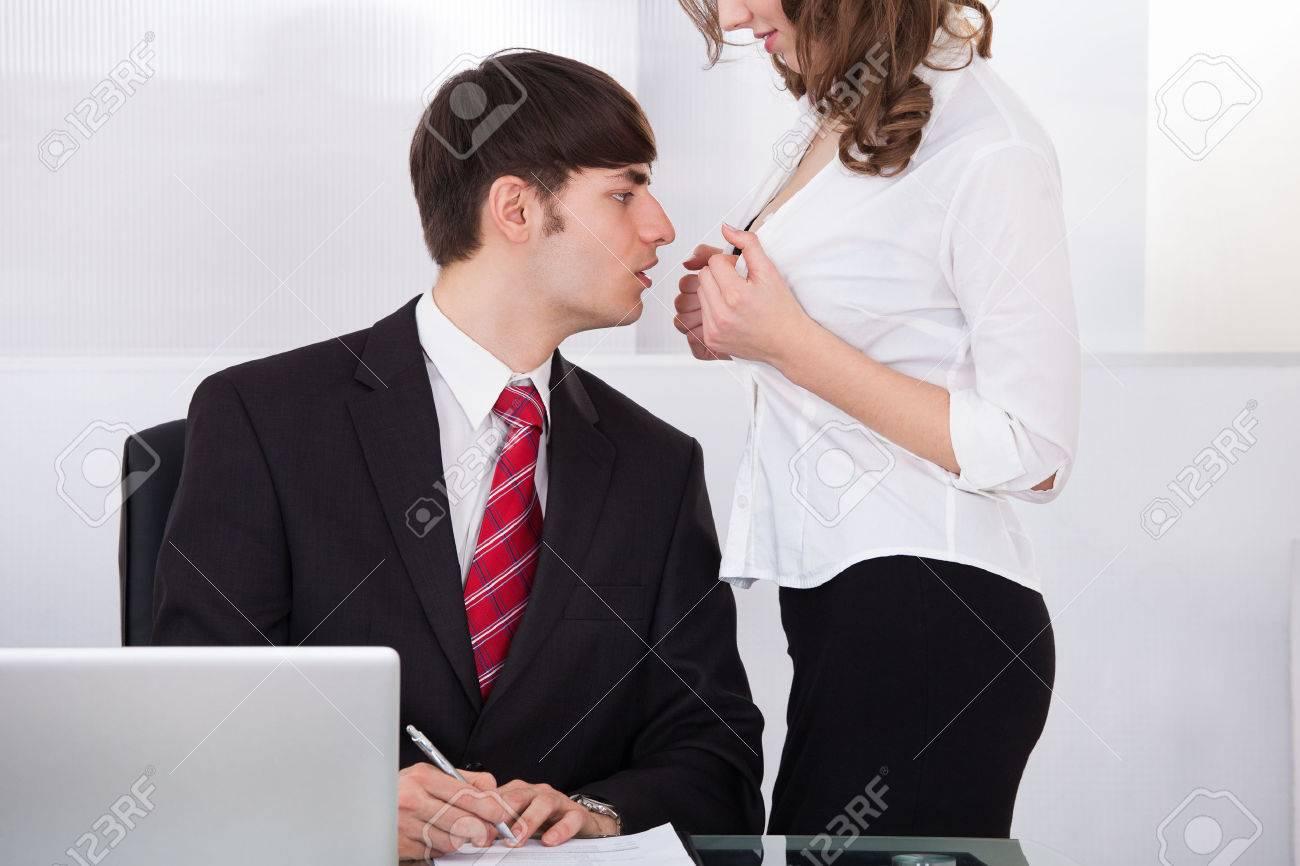 Русский секс в кабинете у босса, Секс с секретаршей, порно в офисе Босс и секретарша 20 фотография