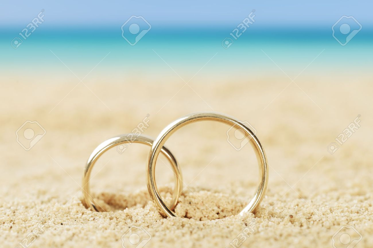 rings photo up picture free images royalty getty beach of on stock close image sandy closeup detail wedding