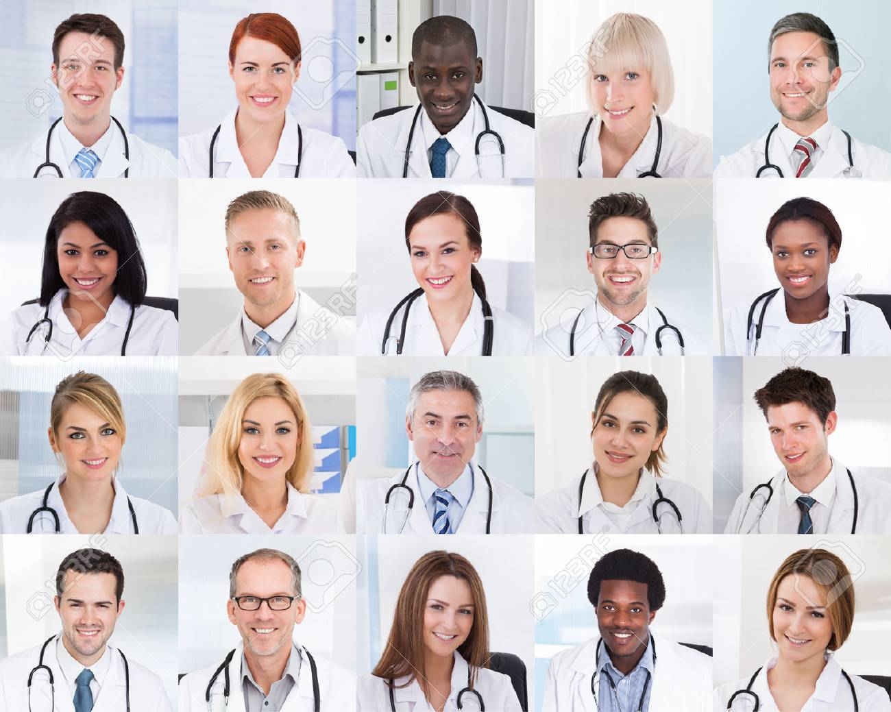 Collage Of Smiling Group Of Doctors With Different Multiethnic Banque d'images - 69612756