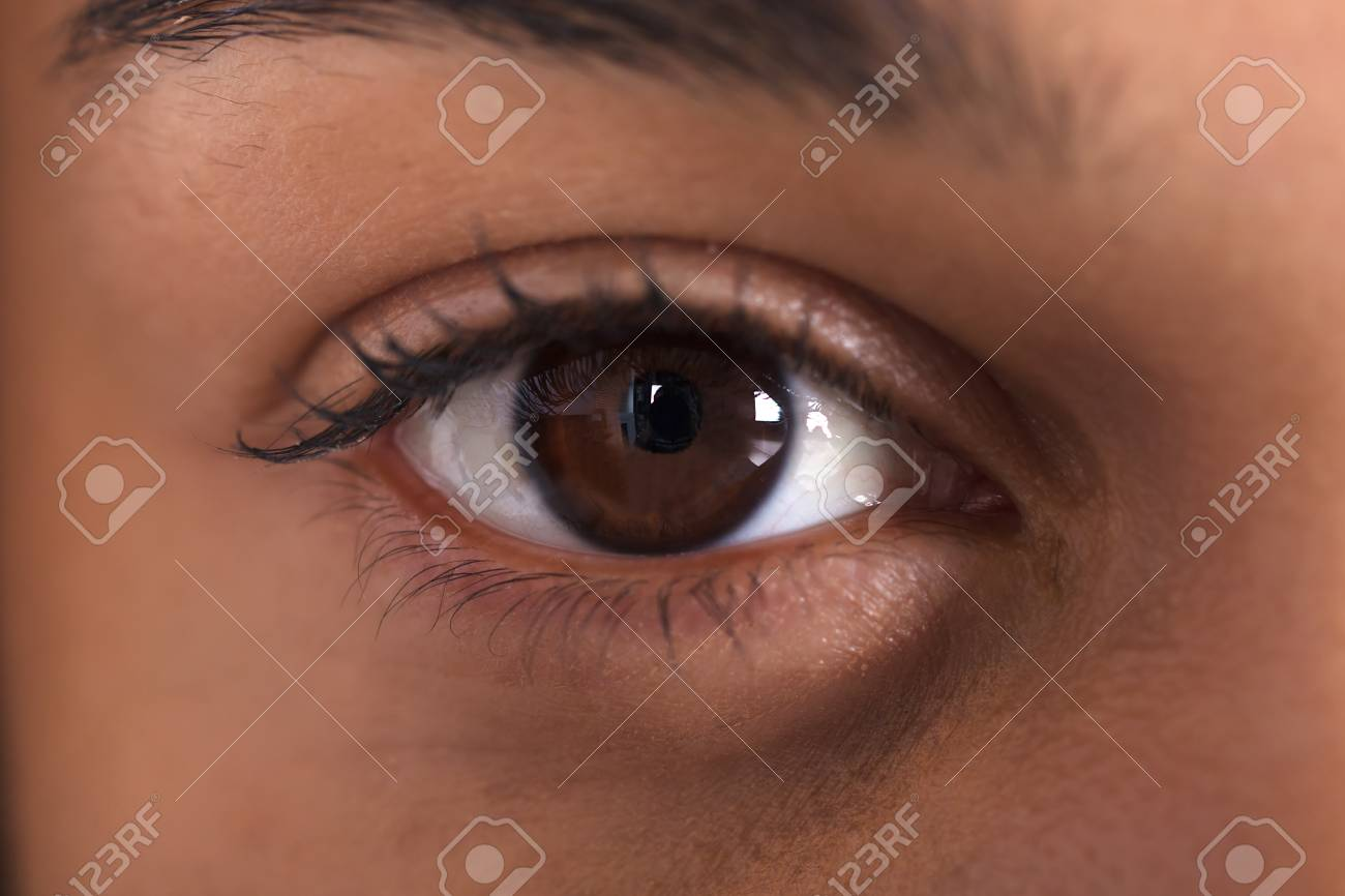 Extreme Close-up Photo Of African Woman's Eye - 93516866