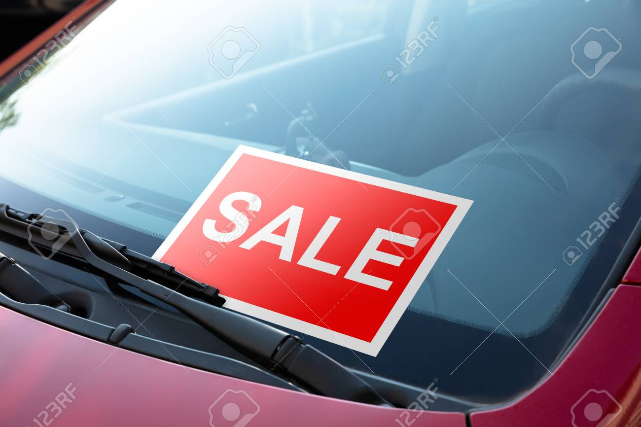 Sale Sign On Windscreen Of A Car Stock Photo Picture And Royalty