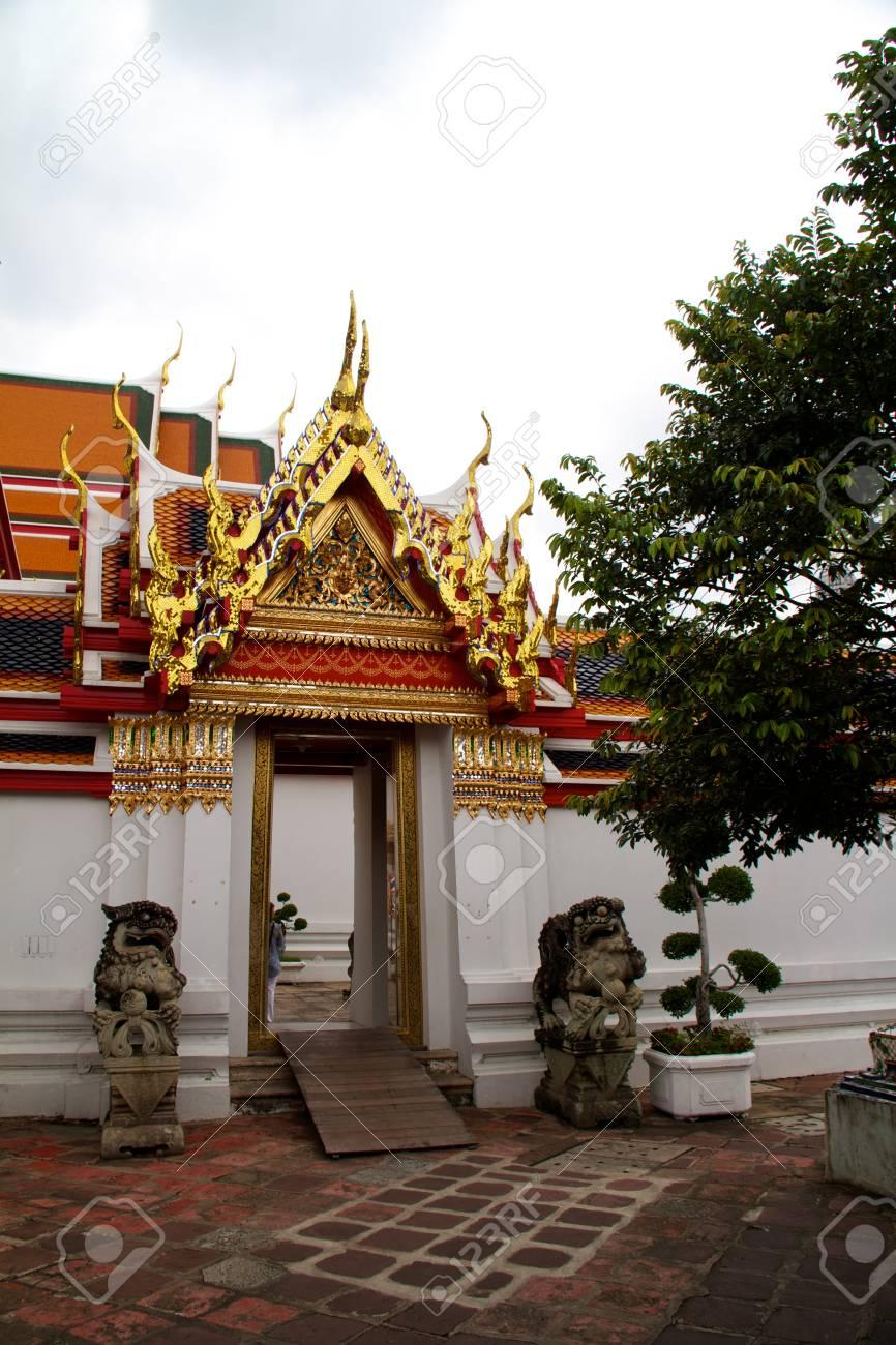 Thailand Bangkok Wat Arun temple detail Stock Photo - 11335005