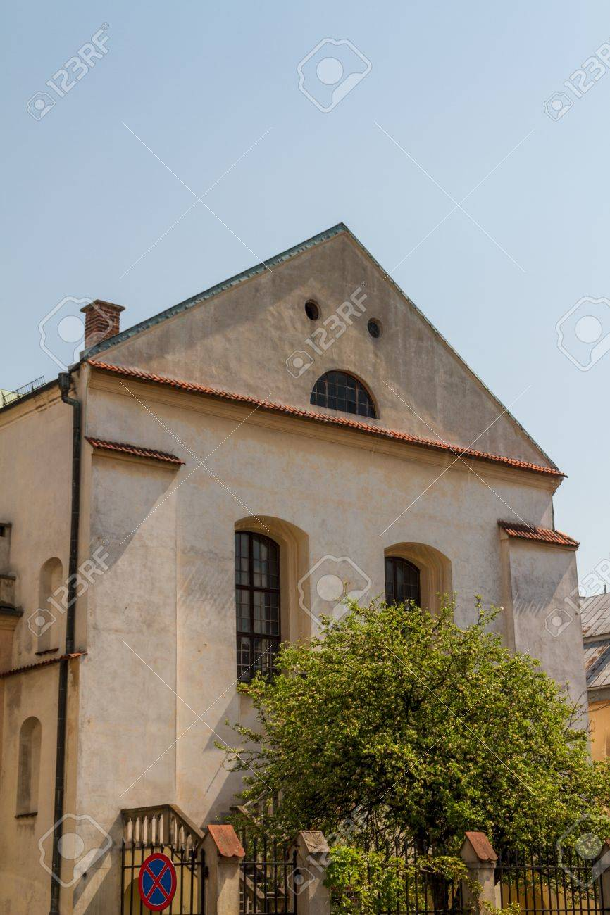Old Synagogue Izaaka in Kazimierz district of Krakow, Poland Stock Photo - 13715100