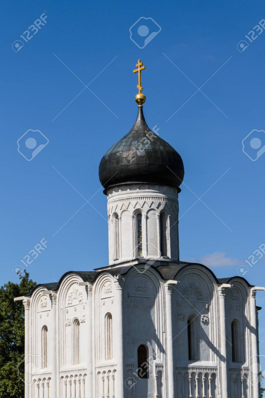 Church of the Intercession on the River Nerl Stock Photo - 16860494