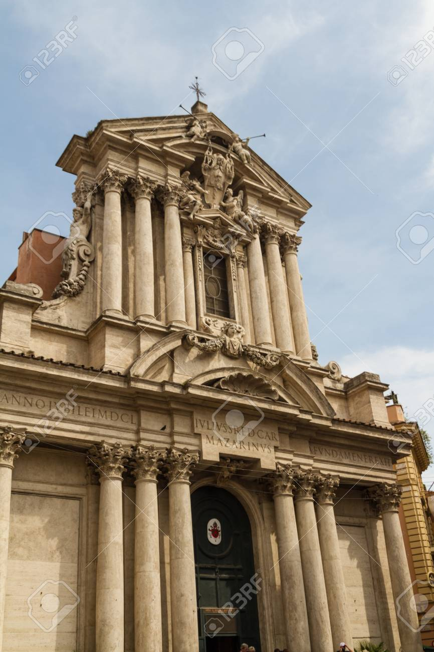 Great church in center of Rome, Italy. Stock Photo - 18924732