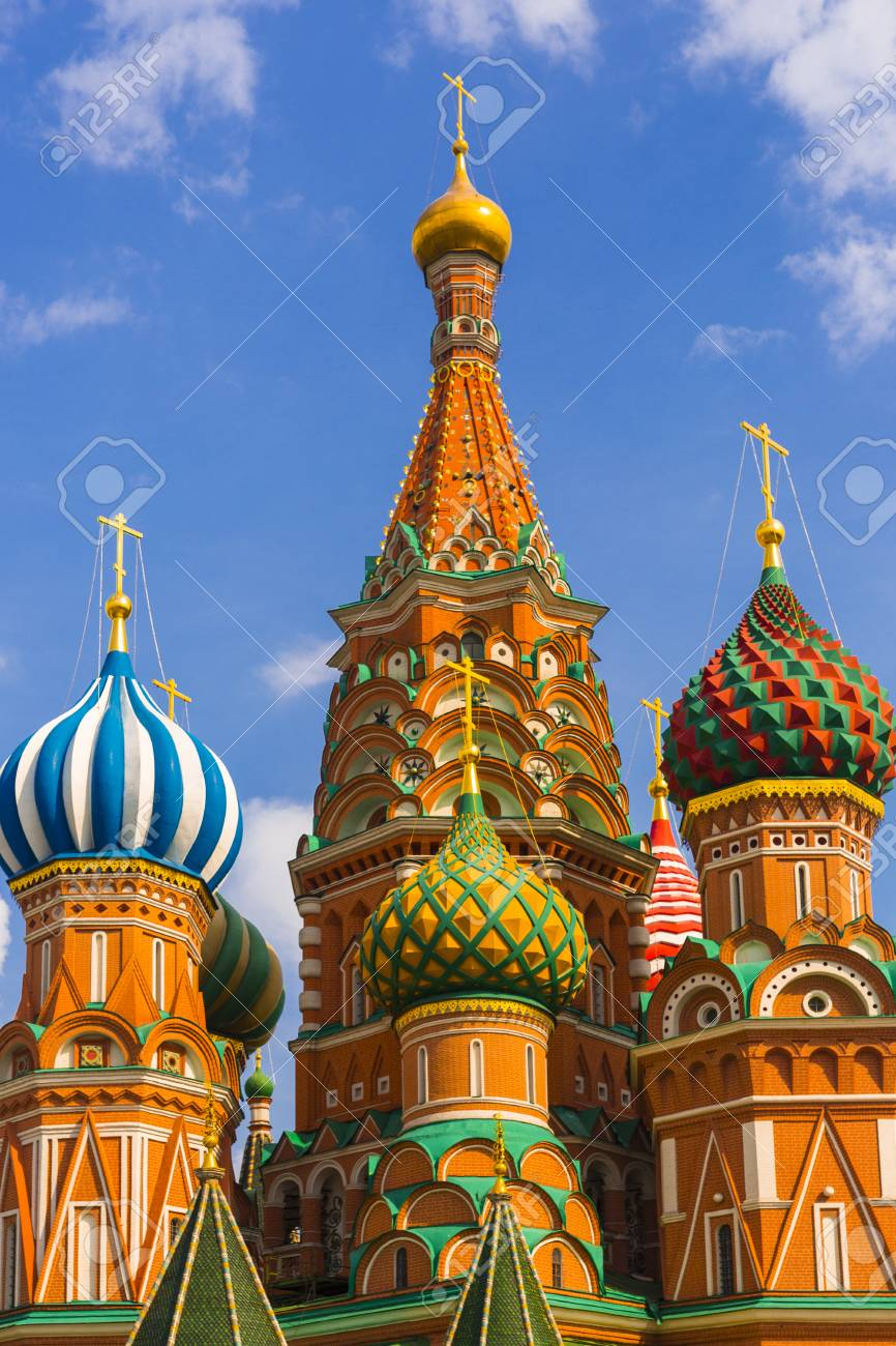 Saint Basil Temple in Moscow Red Square Stock Photo - 22845950