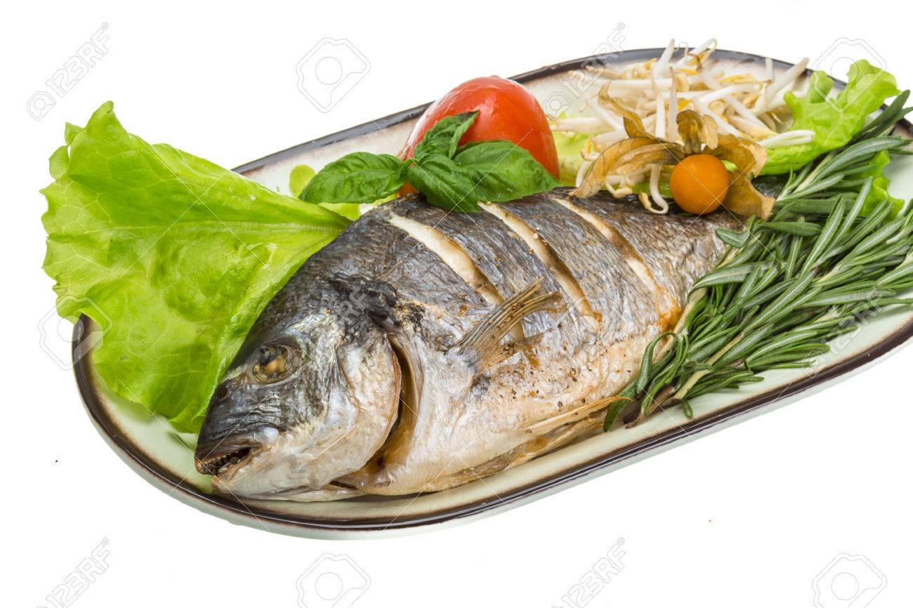 Grilled dorada with rosemary - 25197944