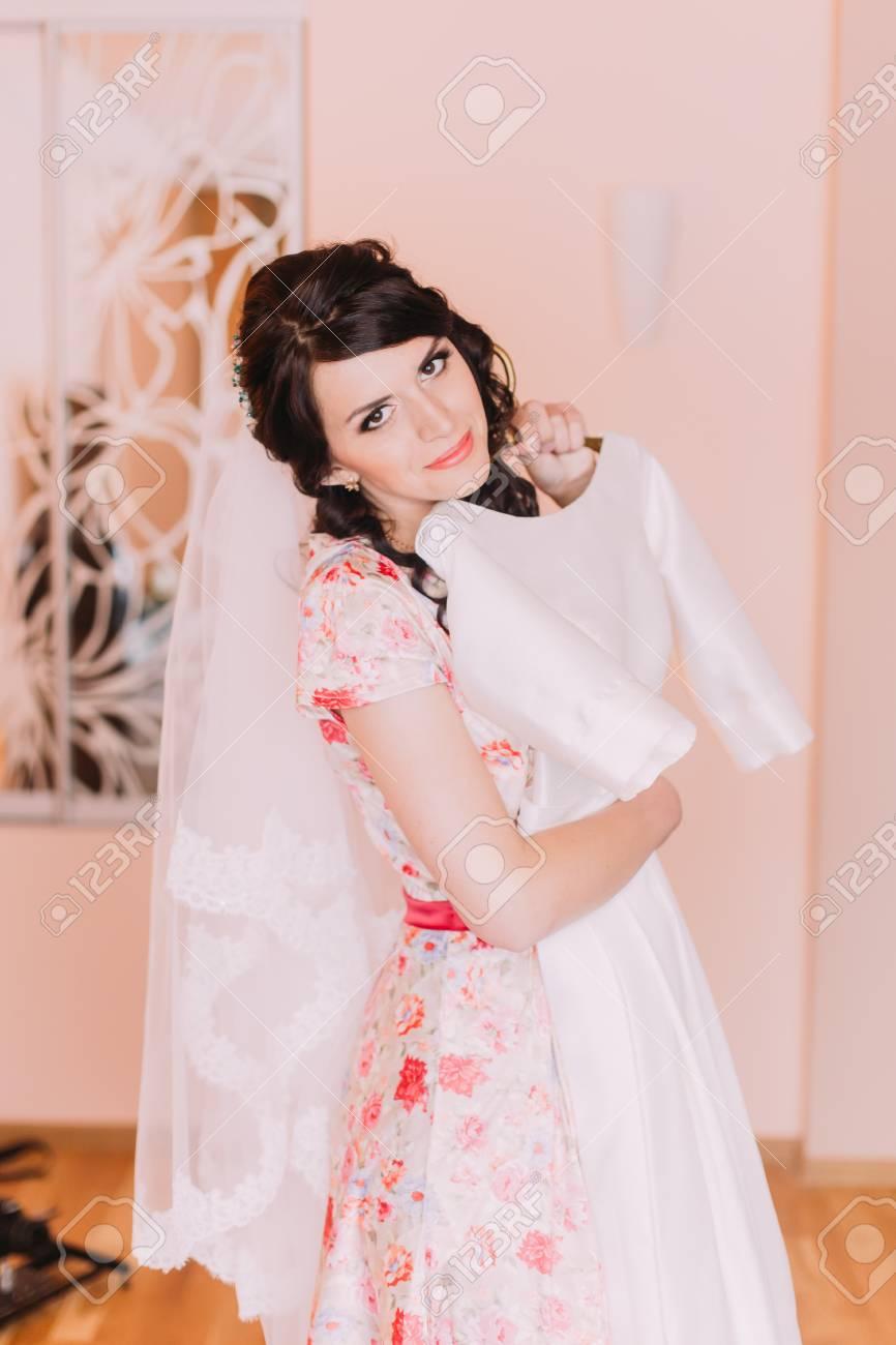 Vestidos de boda chica joven