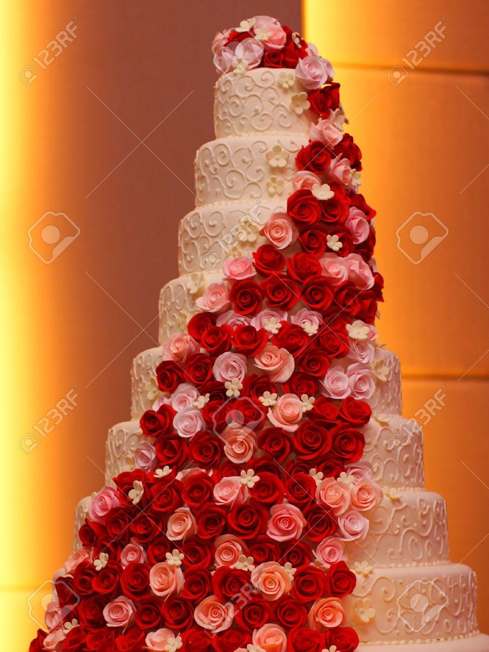 Big Fancy Wedding Cakes
