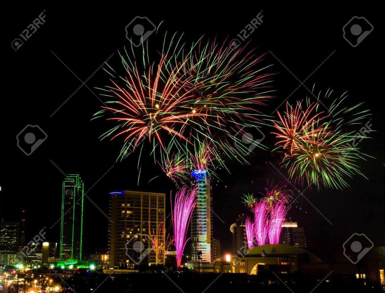 New year eve fireworks dallas tx
