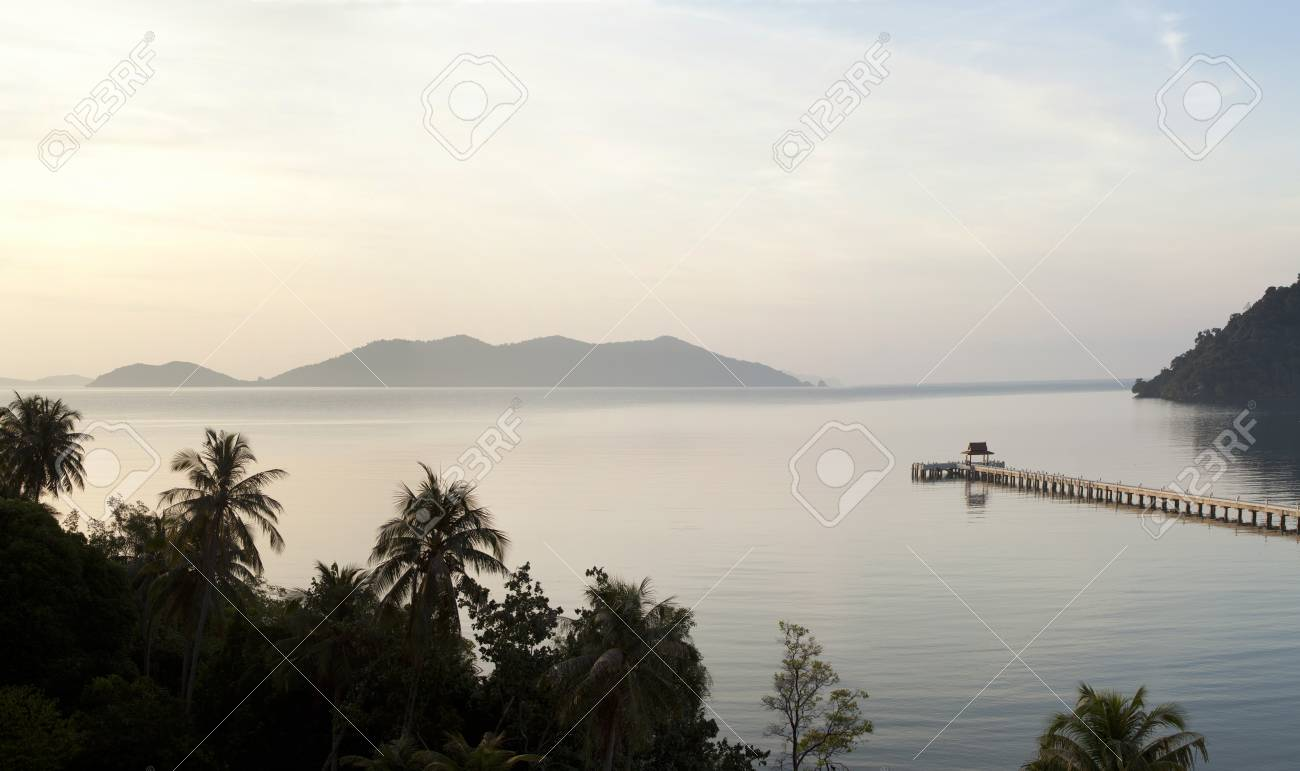 Long bridge in the sea, at the bay in Thailand. Stock Photo - 11262925