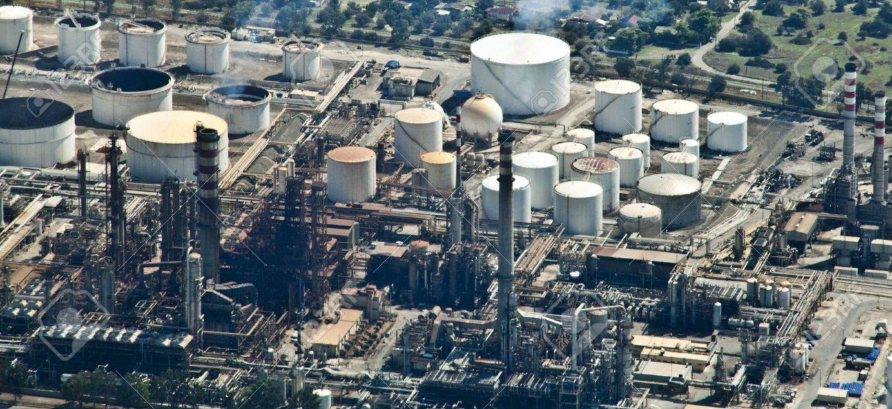 Oil Refinery, aerial view Stock Photo - 7842101