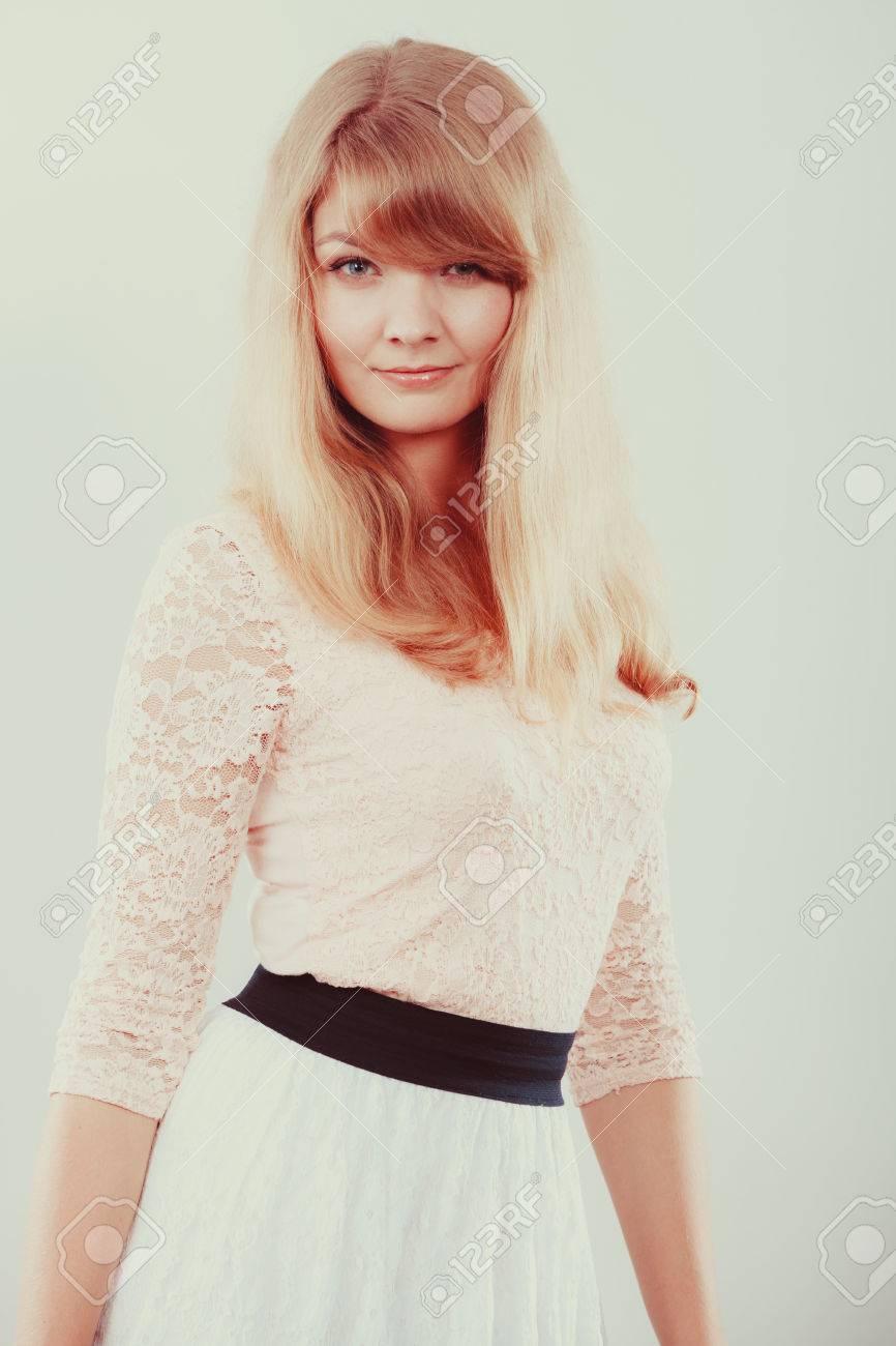 Hübsche mädchen blonde Die schönsten