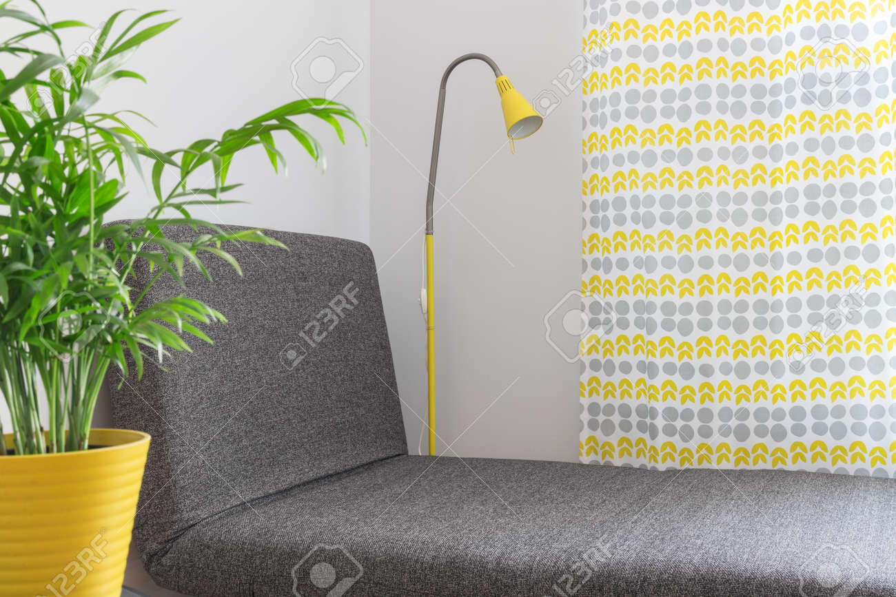 Modern home decor. Chaise longue in a contemporary living room. Stock Photo - 20433451