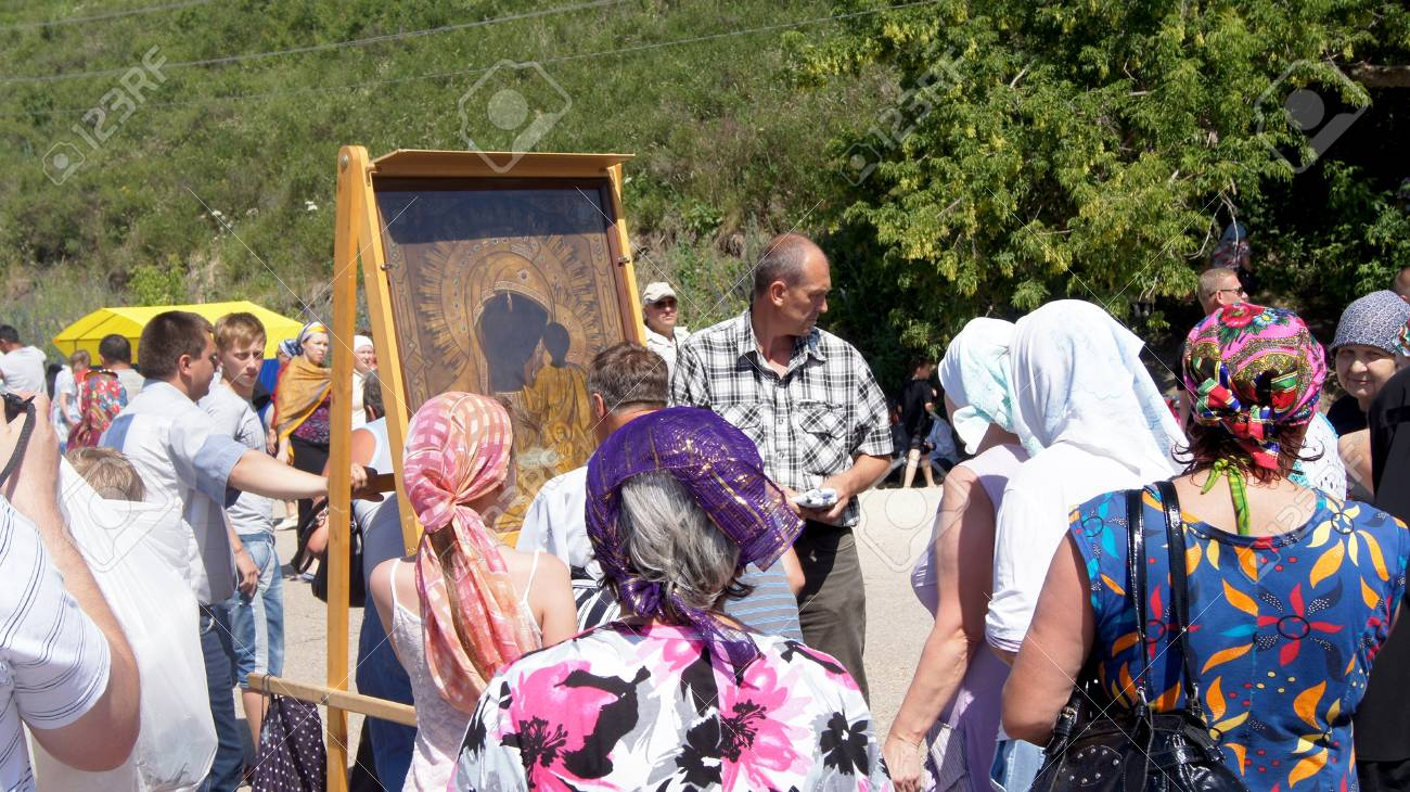 on June 15, 2012 ,city Krasnousolsk,Bashkortostan.Each of the 9th Friday after Pascha is held religious procession with the icon of the Mother of God  Stock Photo - 19415888