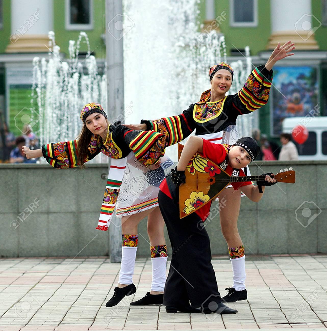 feste und traditionen in russland