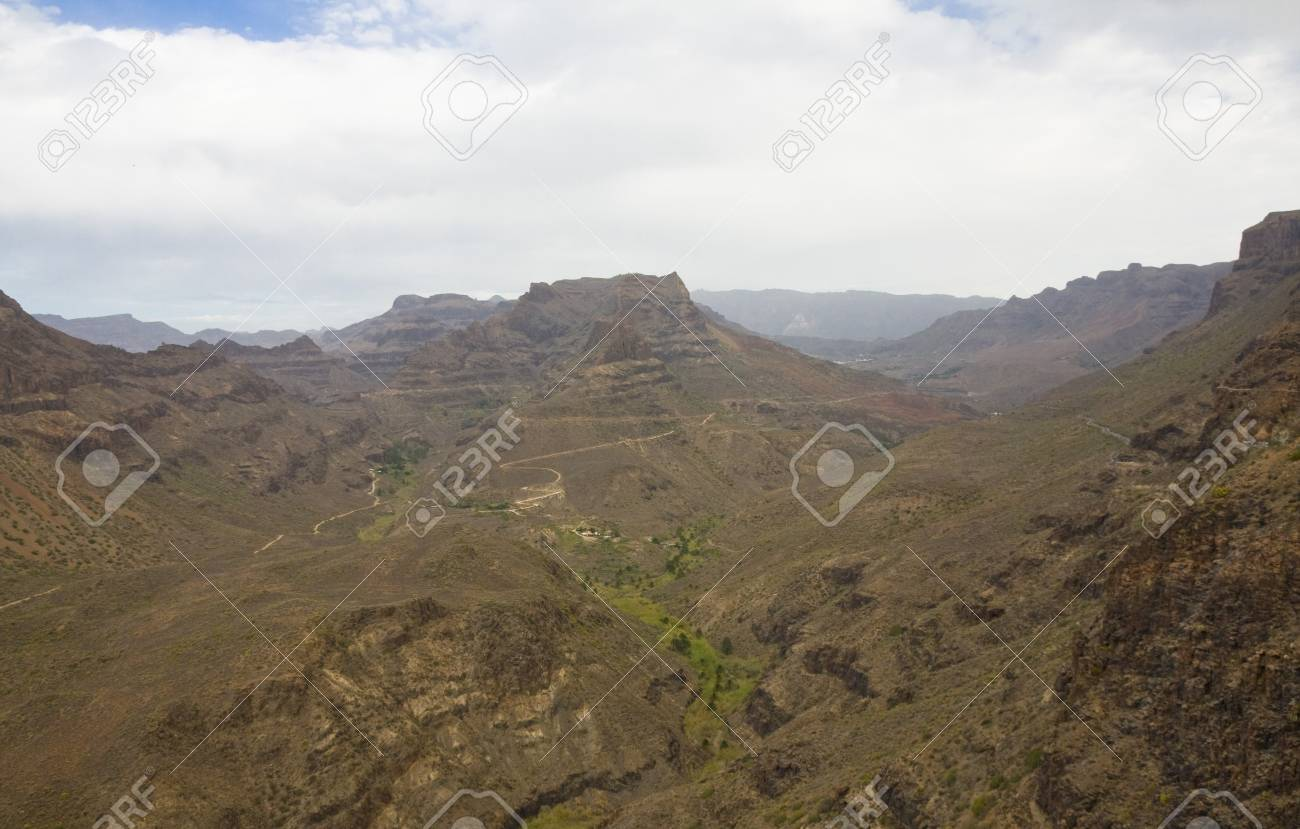 The dreamy and wild mountains of Gran Canaria in Spain Stock Photo - 14876172