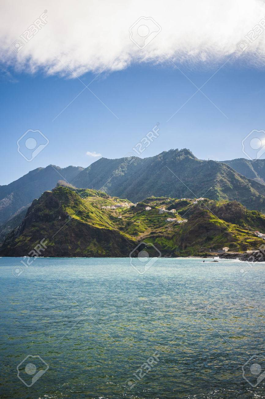 beautiful landscape with the ocean on Maderia island, from Faial village - 62039029