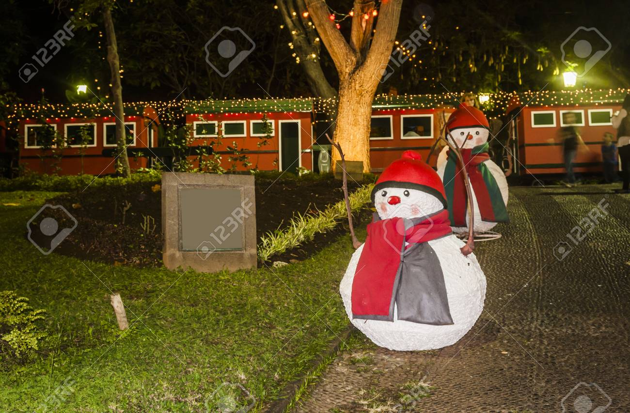 Haus Weihnachtsbeleuchtung.Stock Photo