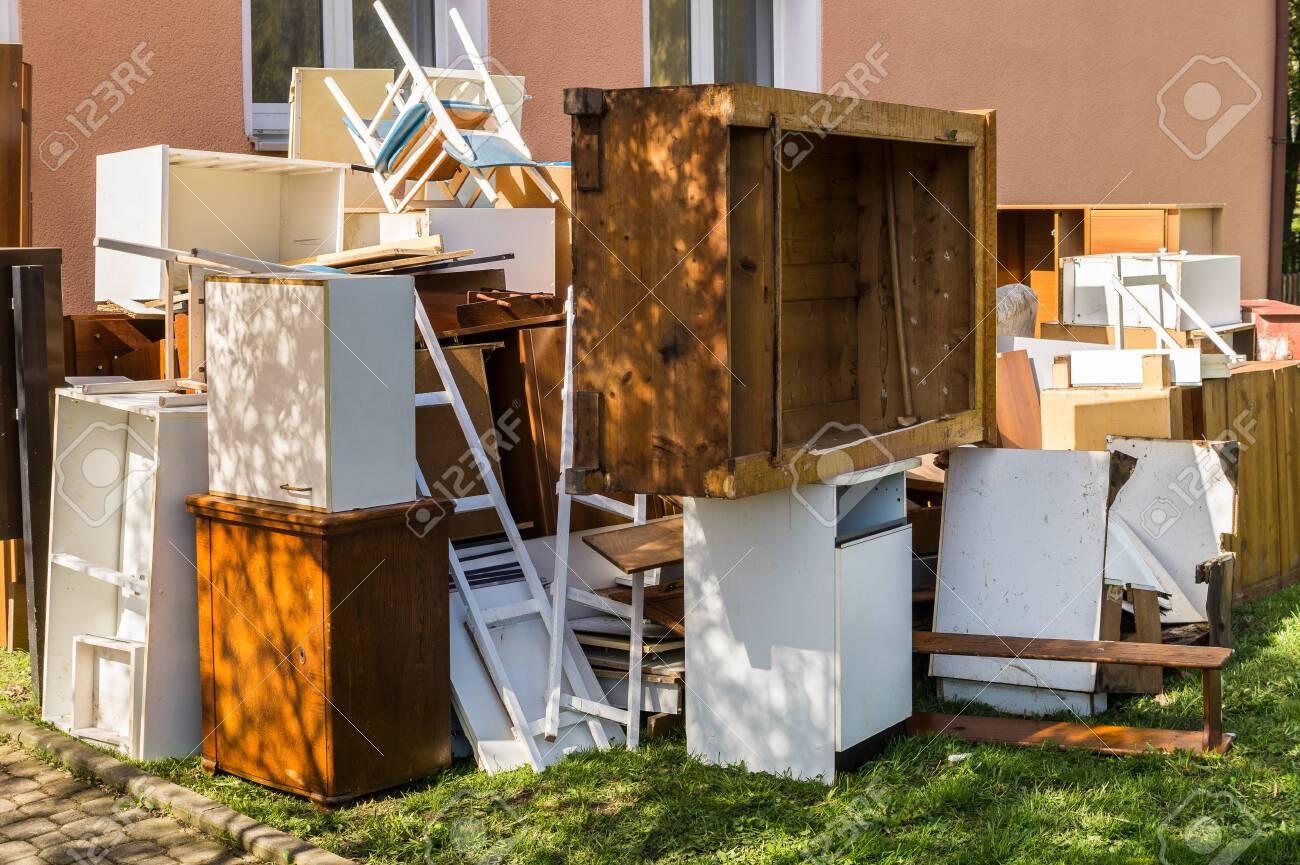 Bulky waste disposal - 130063038
