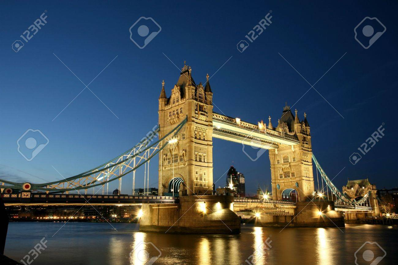 Thames River Night View with Tower Bridge Stock Photo - 10551834