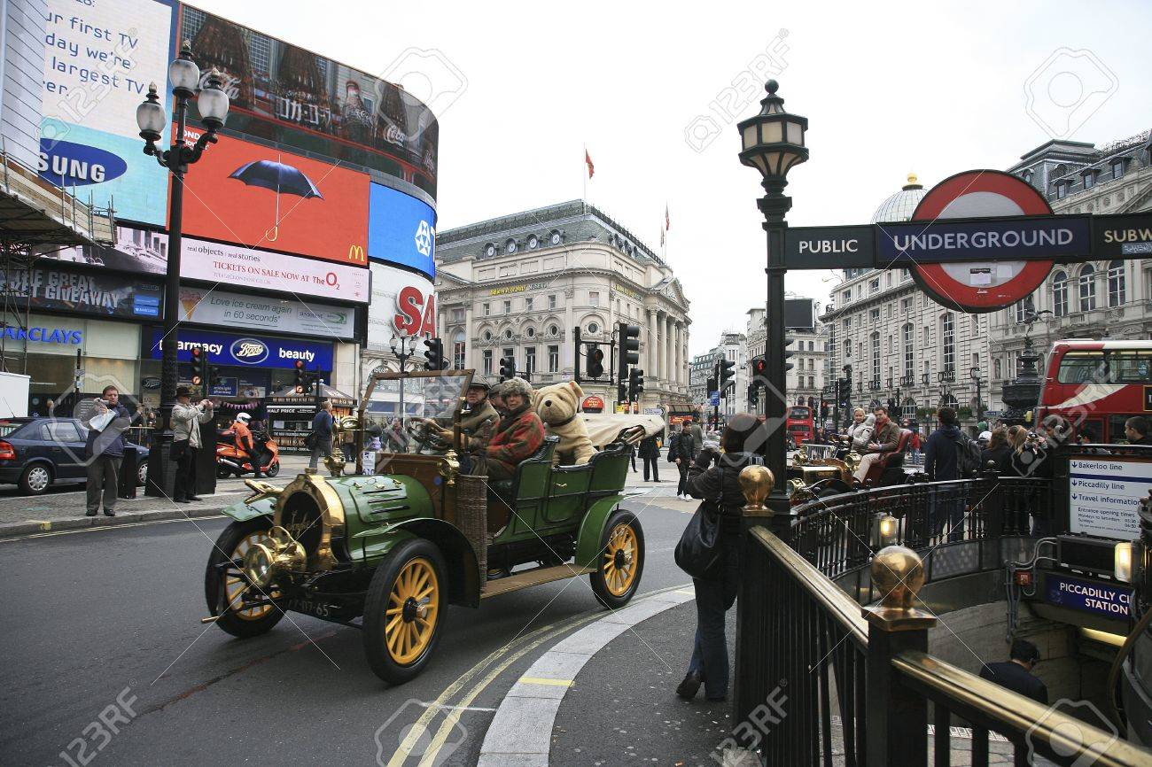 London, UK - November 06, 2010: London To Brighton Veteran Car ...
