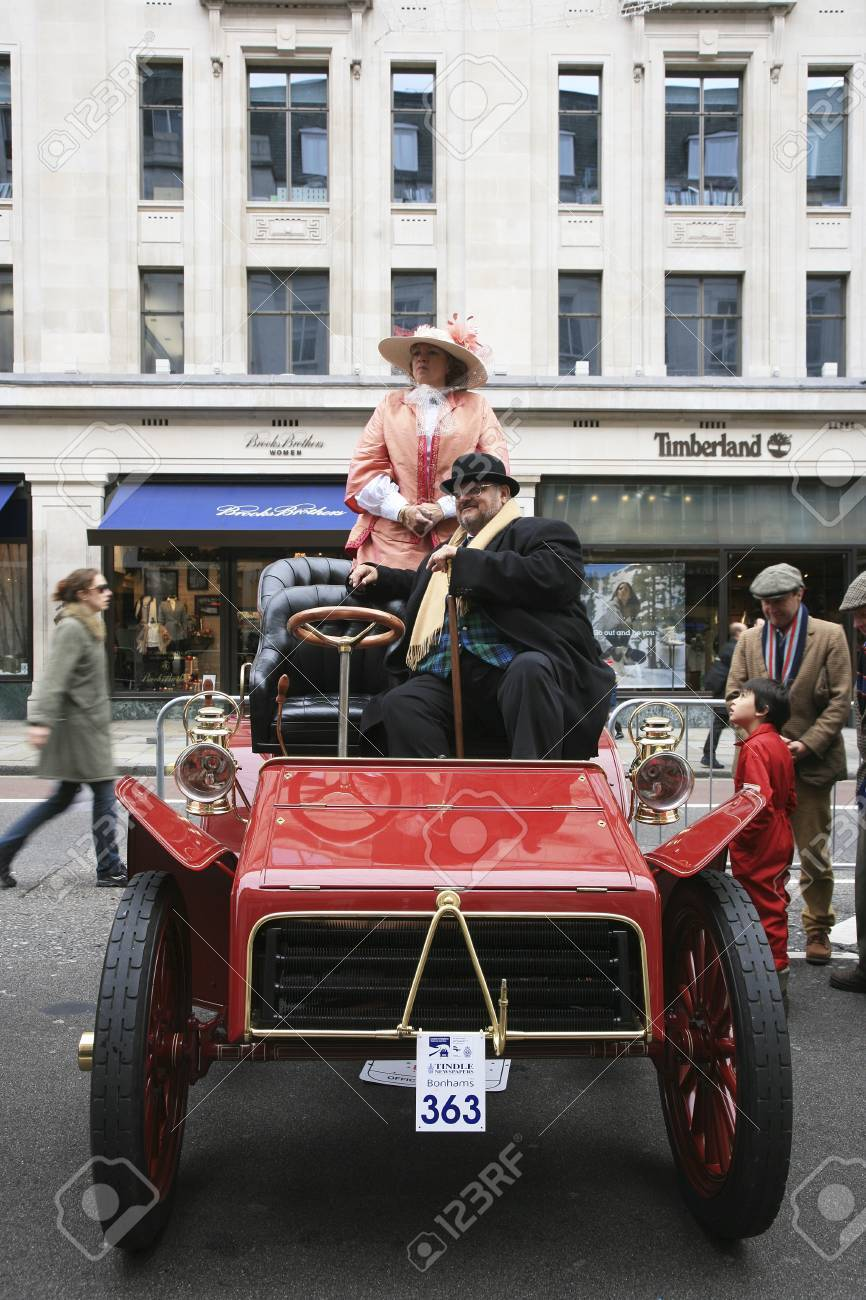 London, UK - November 06, 2010: Display of vintage cars, Packard, 1903. Some participants display their old cars in London's Regent Street on the day before the Run.  Stock Photo - 11988072