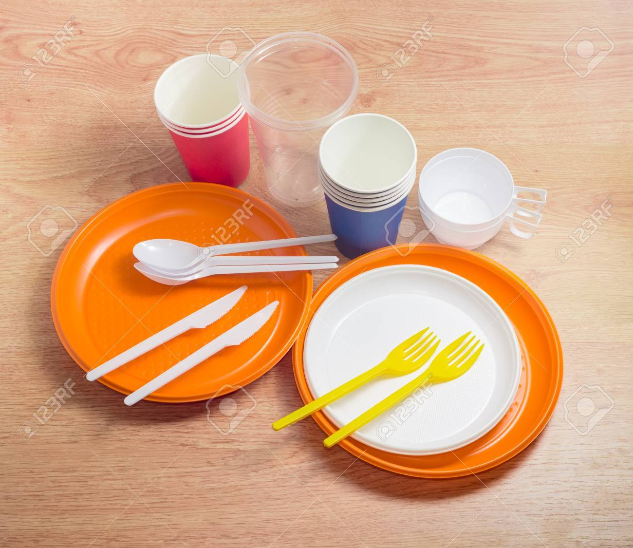 Orange and white disposable plastic plates different sizes plastic disposable forks spoons and knives & Orange And White Disposable Plastic Plates Different Sizes Plastic ...