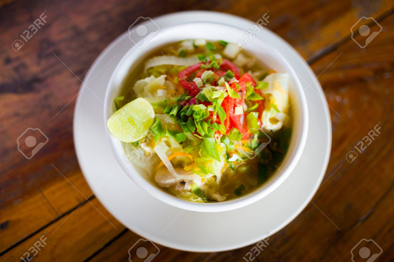 Fresh Made Lao Vegetable Hot And Sour Soup With Tomato Vegetables - Cuisine laotienne