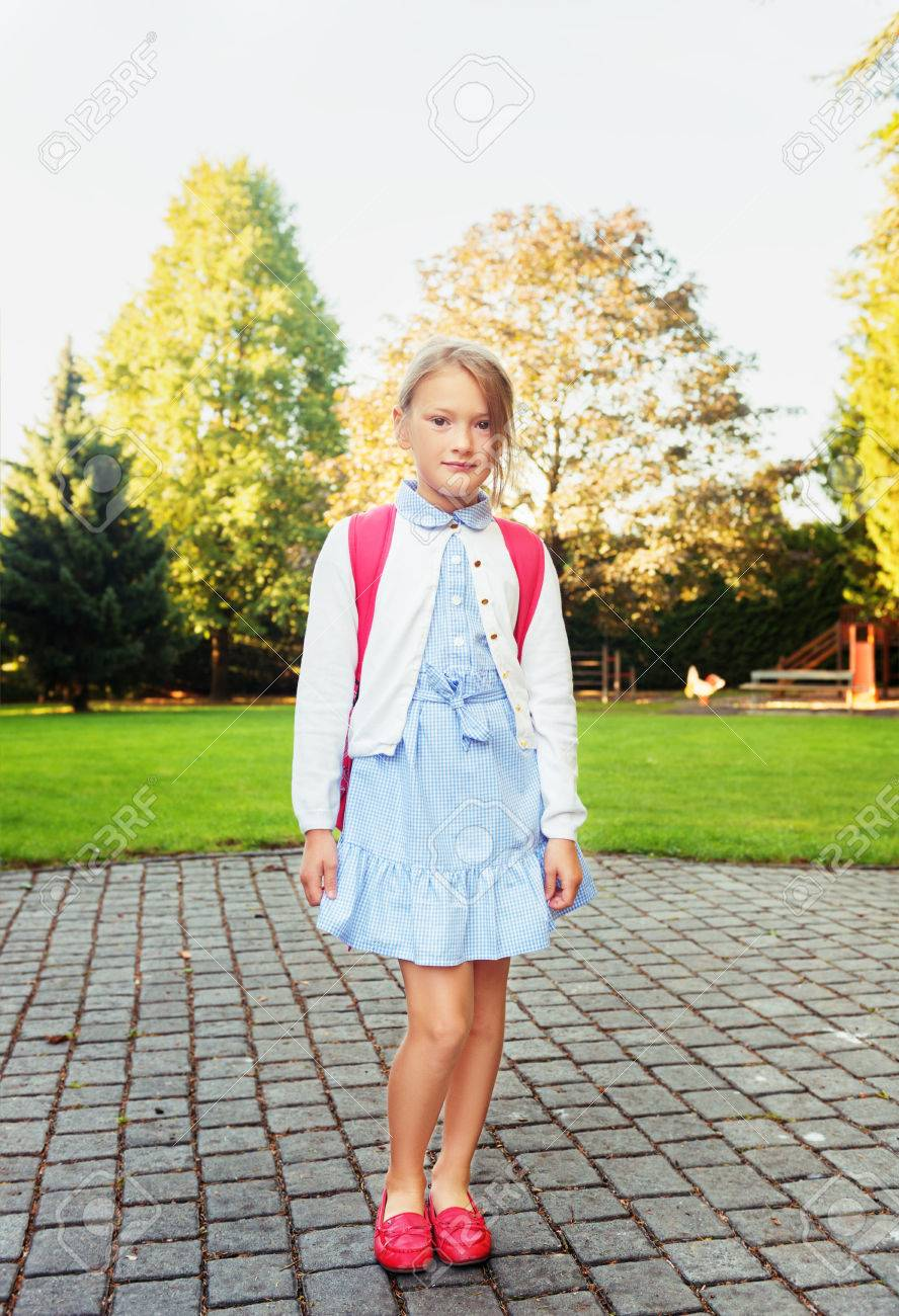 Young little girl pic school images 86