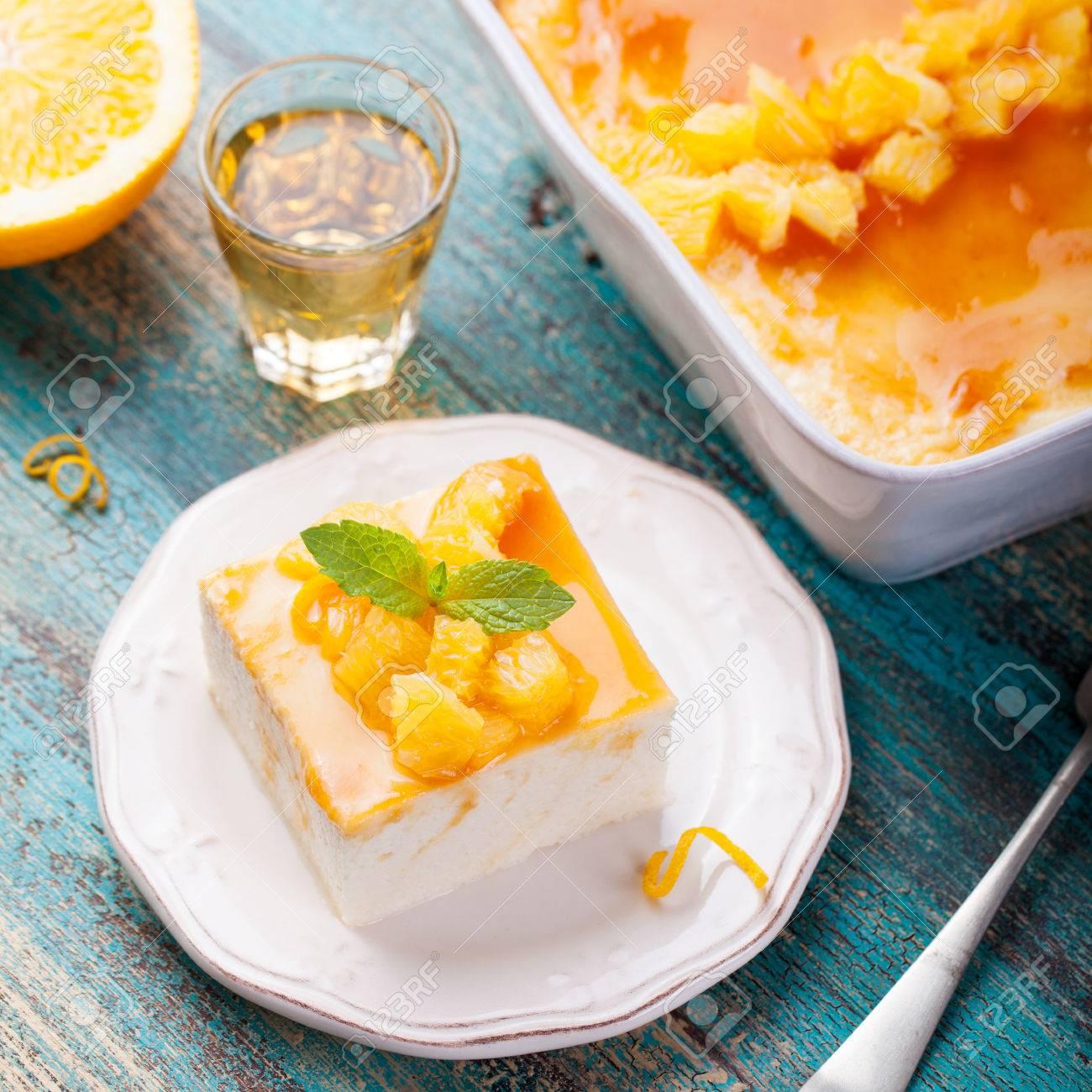 Käsekuchen Quark Pudding Mit Frischen Orangen Und Orangenmarmelade