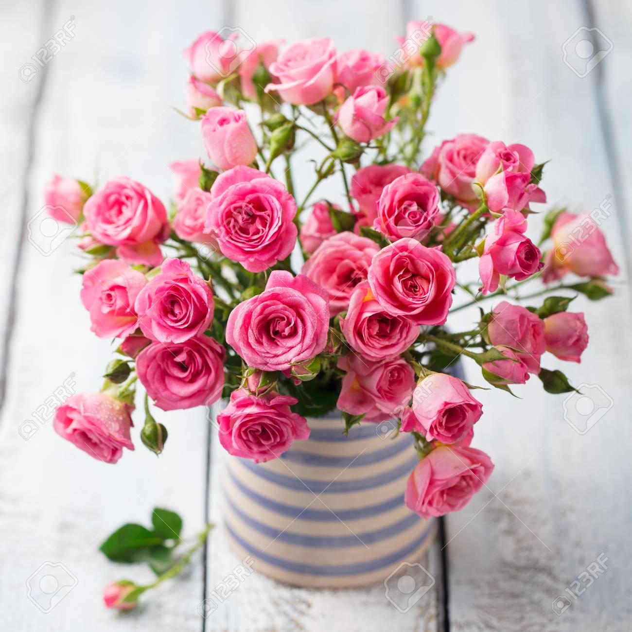 Rose flowers in vase. Beautiful romantic bouquet. Copy space Stock Photo - 96010721 & Rose Flowers In Vase. Beautiful Romantic Bouquet. Copy Space Stock ...