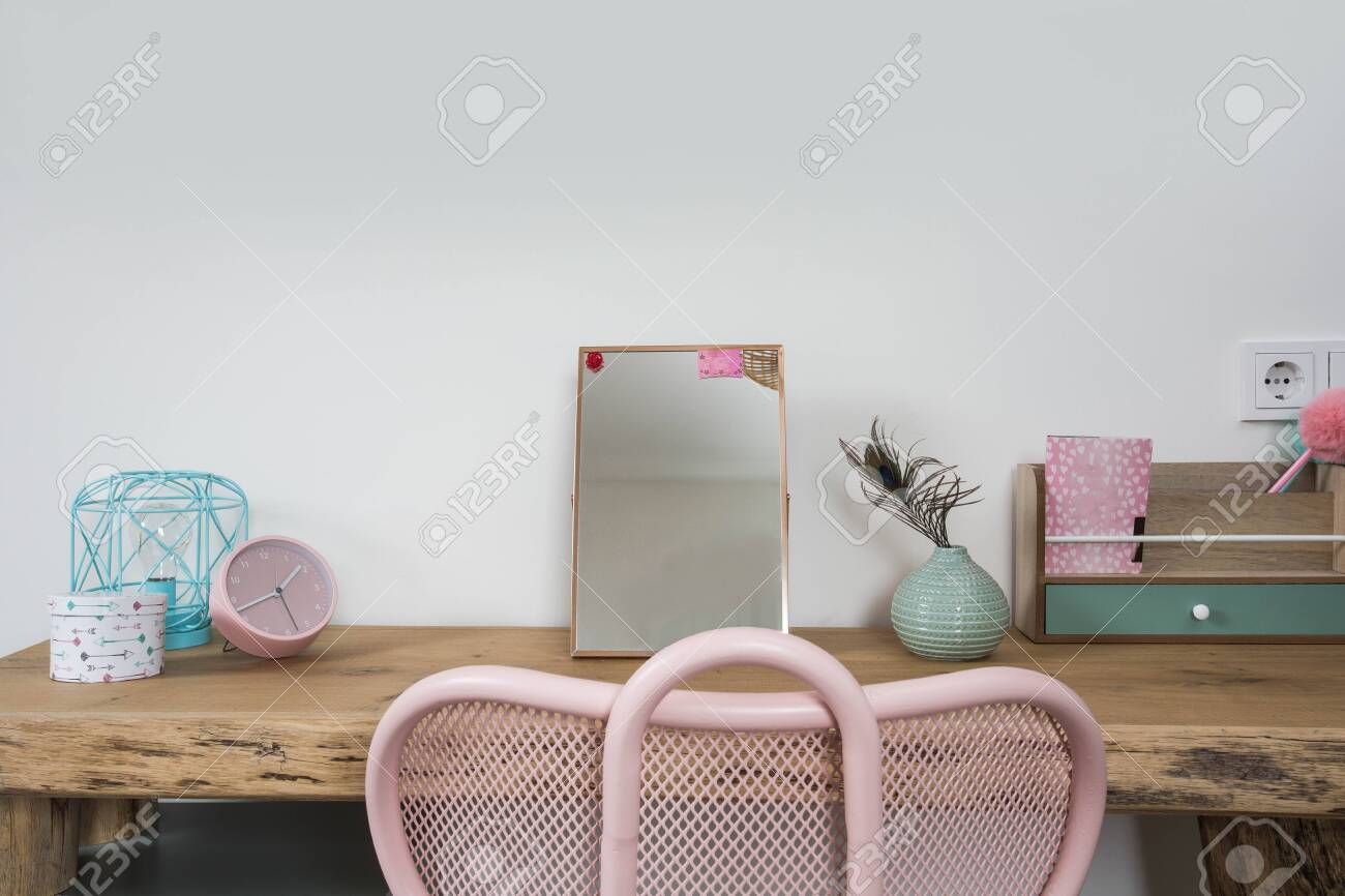 Pleasing Bright Girl Room With Wood Desk And Pink Chair School Accessories Gamerscity Chair Design For Home Gamerscityorg