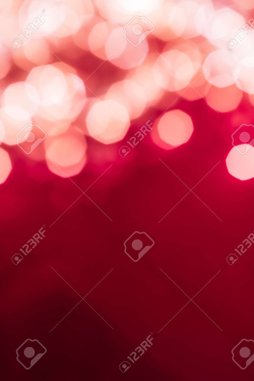 Holiday branding, glam and glow concept - Glamorous white shiny glitter on pink abstract background, Christmas, New Years and Valentines Day backdrop, bokeh overlay for luxury holidays brand design - 135143478