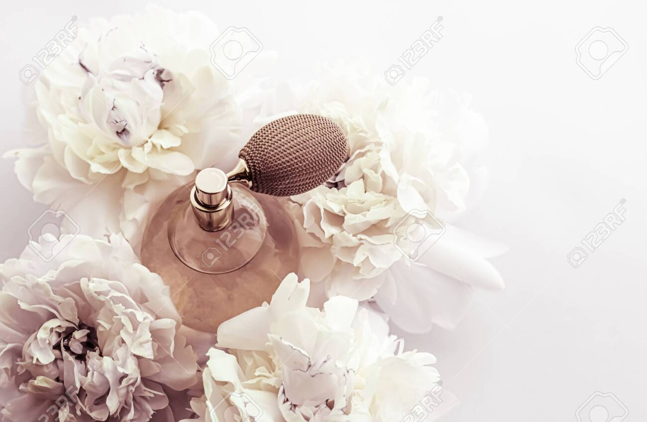 Retro fragrance bottle as luxury perfume product on background of peony flowers, parfum ad and beauty branding design - 148335027
