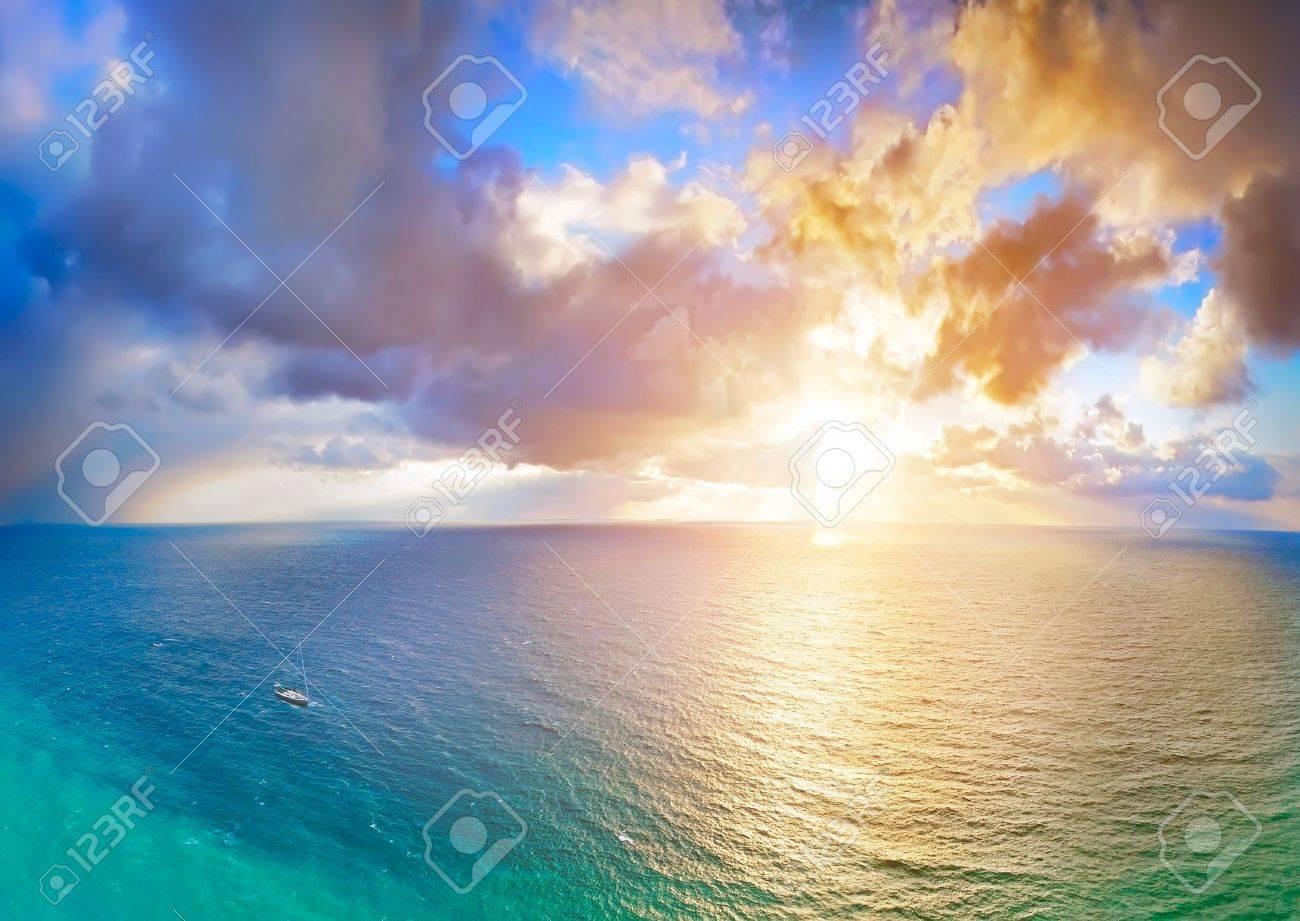 sea and yacht Stock Photo - 1319088