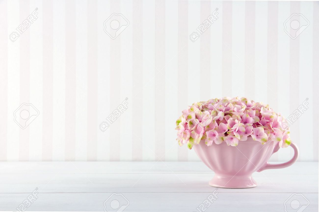 Shabby Chic Stock Photos & Pictures. 35,129 Royalty Free Shabby ...