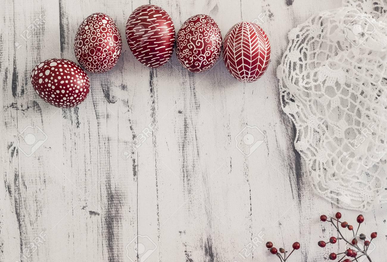 Decorado Huevos De Pascua Con Un Tradicional En Europa Del Este Cera ...