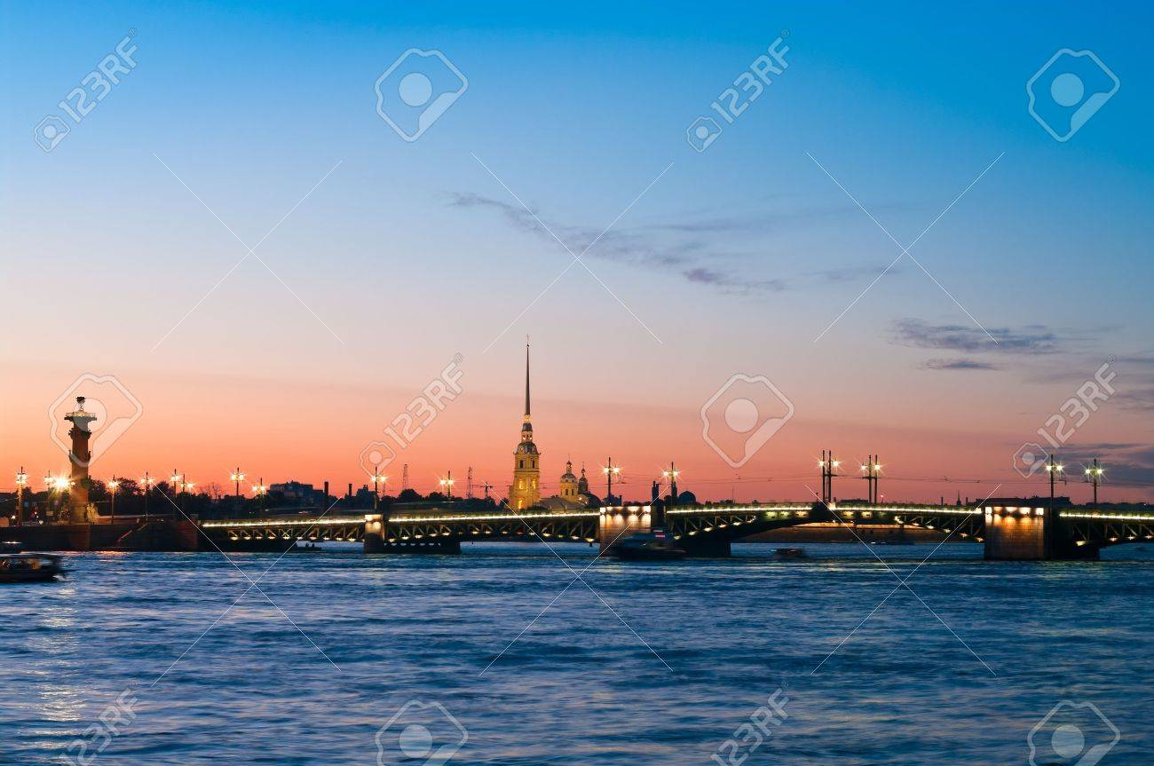 Paul and Peter fortress in Saint Petersburg, Russia in white nights from Neva river. Nightscene Stock Photo - 7682701
