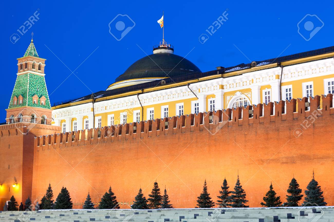 MOSCOW, RUSSIA - MARCH 27:  Wall of Spasskaya Tower and mausoleum of Moscow Kremlin at Red Square in night, on March 27, 2012 in Moscow, Russia. Stock Photo - 13021489