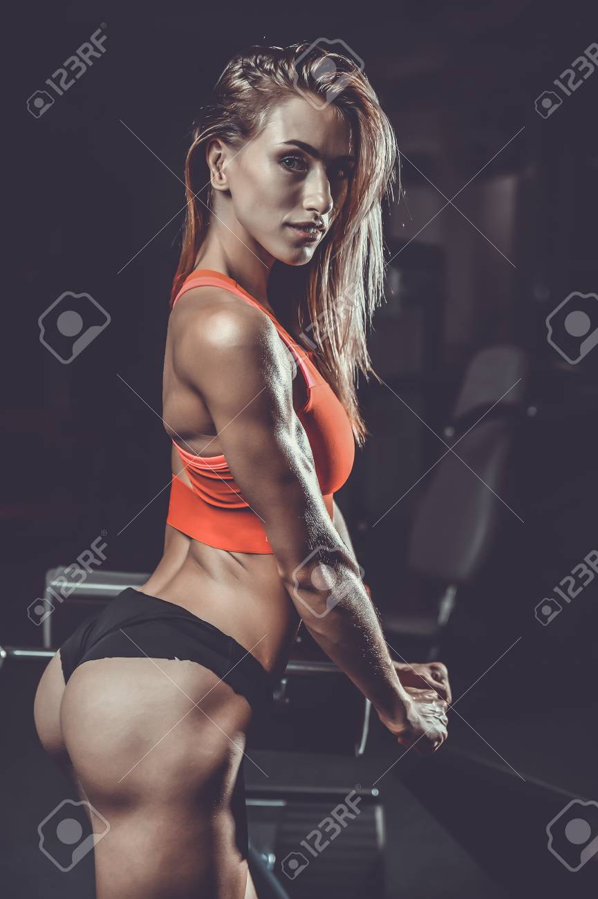 Banco De Imagens Pretty Fitness Sexy Model Luxury Ass Caucasian Female On Diet With Perfect Body In Gym And Buttocks Fat Burning Concept