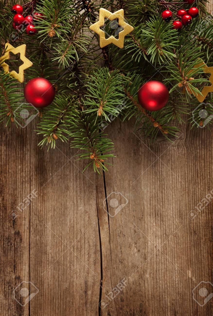 Oude grunge houten bord met kerst rand. royalty vrije foto ...