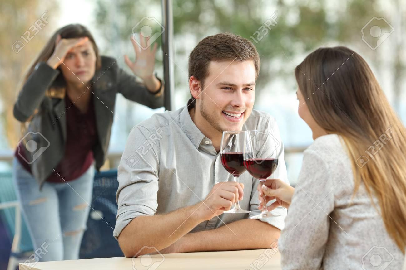 Dinge, die man im Online-Dating-Profil sagen kann