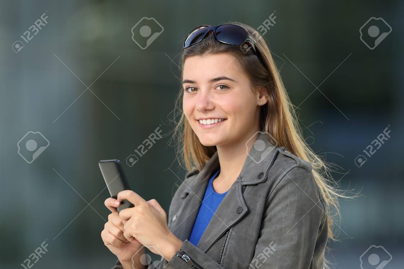 voir les téléphones pour les célibataires femmes