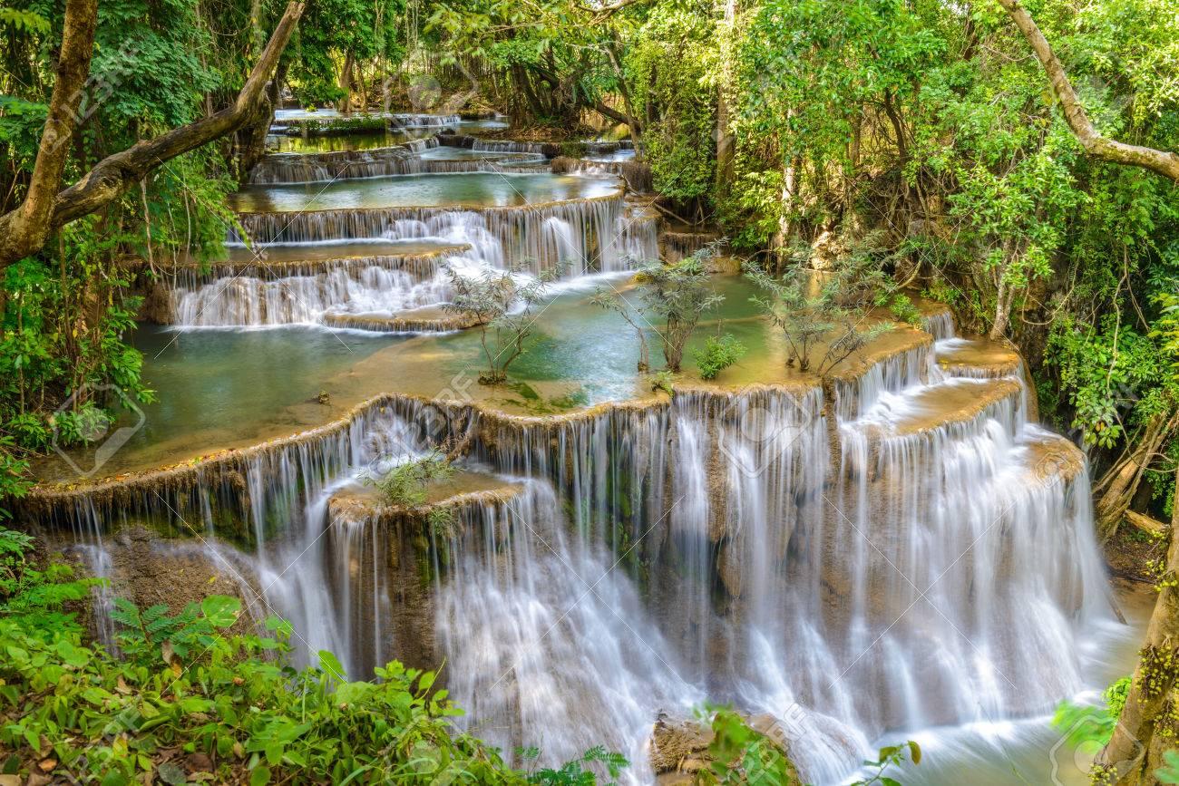 タイ ・ カンチャナブリ県の滝 の写真素材・画像素材 Image 44230463.