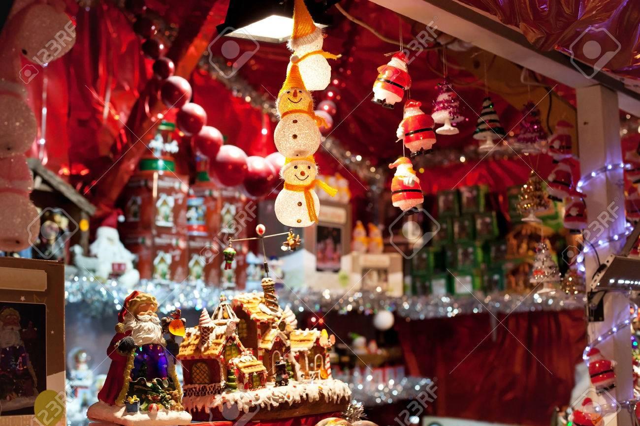 christmas market - 53080980