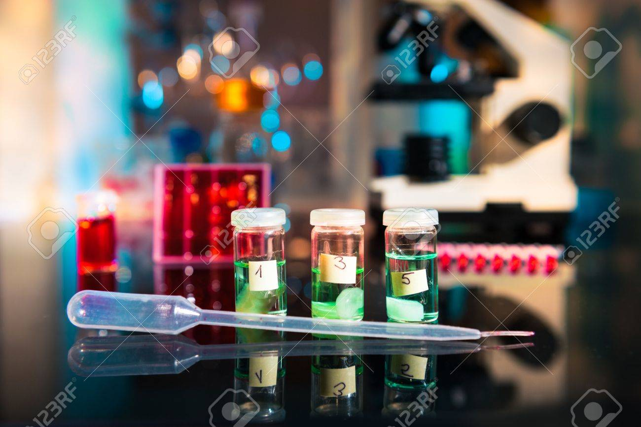 Fixation of tissue samples for microscopy in laboratory Stock Photo - 21635526